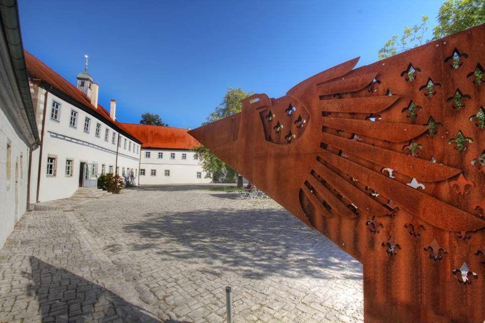 Heiraten wie Herrschaften: Stadt Crailsheim traut im Wasserschloss