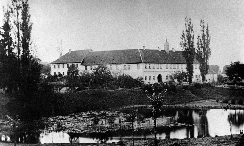 01_Wasserschloss_Erkenbrechsthausen_hitorisch_01