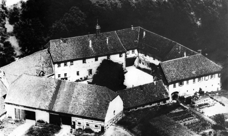 01_Wasserschloss_Erkenbrechsthausen_hitorisch_02